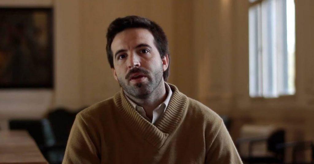 Dr. Damian Verzeñassi. UNR