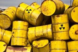 El Organismo Internacional de la Energía Atómica (OIEA) ayudó a retirar y reciclar material altamente radiactivo de Bolivia, Ecuador, Paraguay, Perú y Uruguay.
