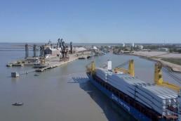 El Puerto de Bahía Blanca fue construido a fines del siglo XIX y está ubicado en la localidad de Ingeniero White